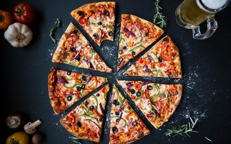 pizza s tunom
