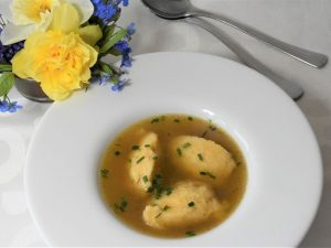 domaća pileća juha
