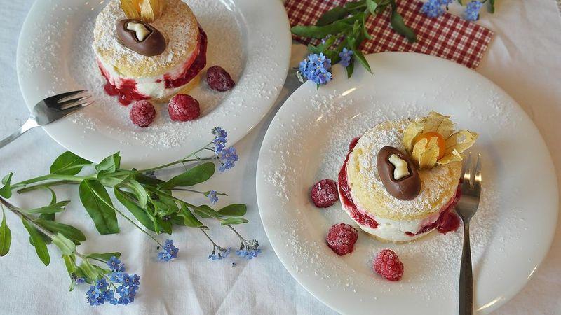 kolač s malinama
