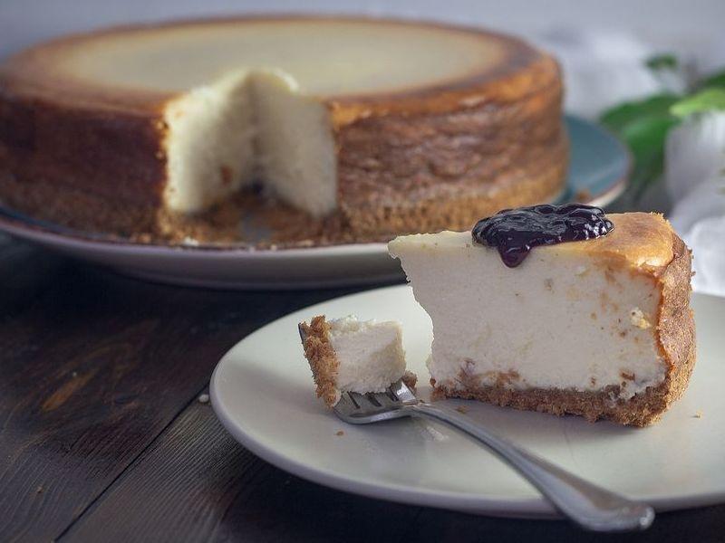 klasična cheesecake sa sirom