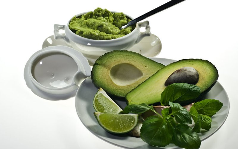avokado-namaz