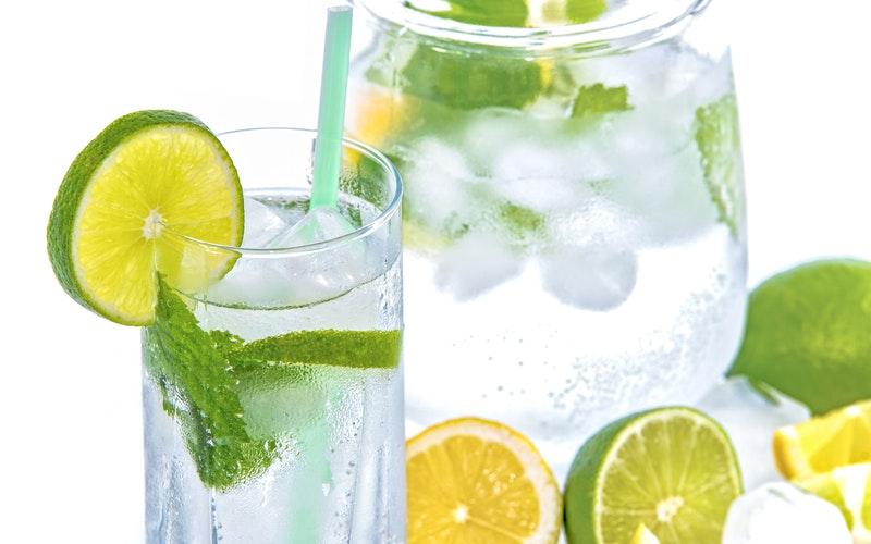 mineralna voda s okusom