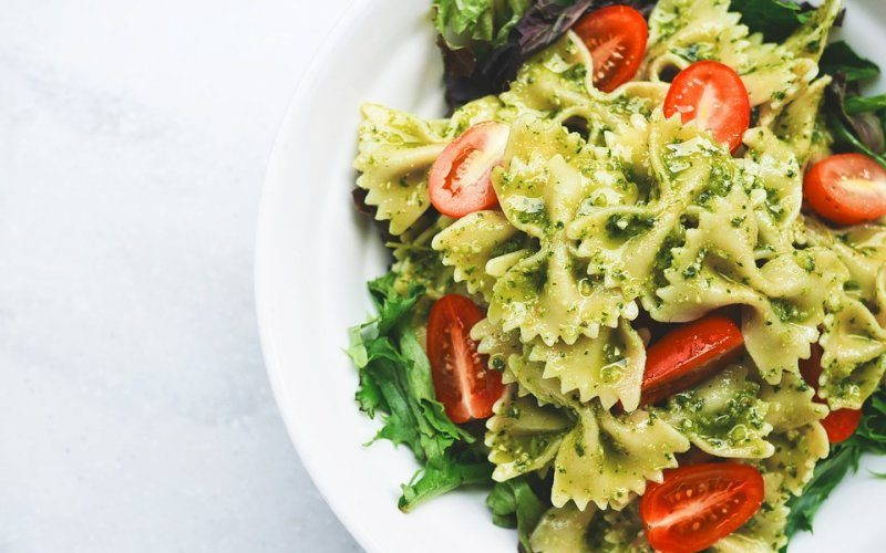 tjestenina-s-rajcicama-i-pestom