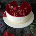 torta s malinama i jogurtom
