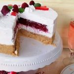 Cheesecake s malinama